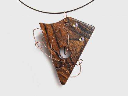 Walnut necklace NS3 with swarovski