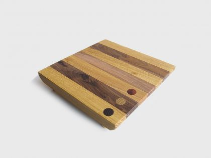 Tray/chopping board with feet 02