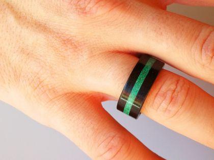 Malachite ebony ring